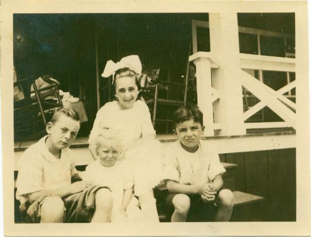 1920 Bill, & Jean Matthews on porch at Long Beach